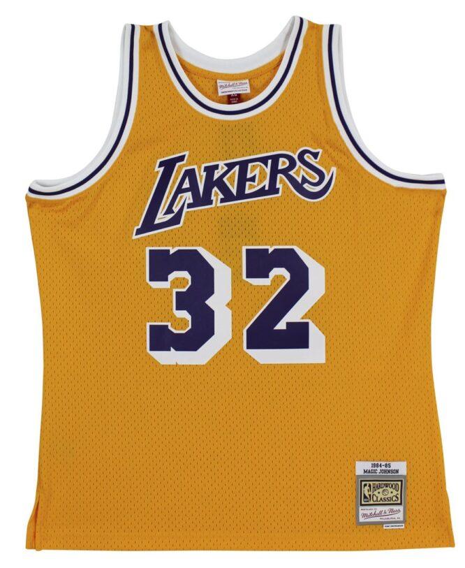 Lakers Magic Johnson 5x Champ Signed 3