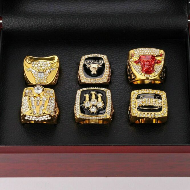 Set 6Pcs Chicago Bulls Championship Ring with Display Box Michael Jordan Fans 6