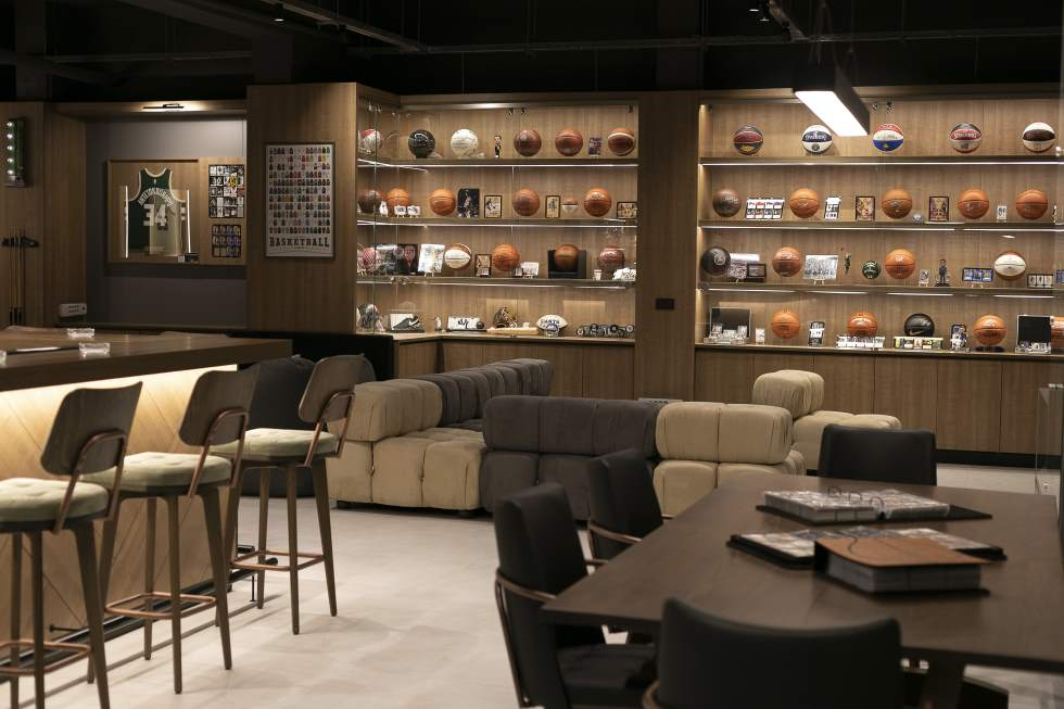 Trace and Chase ShowRoom 5